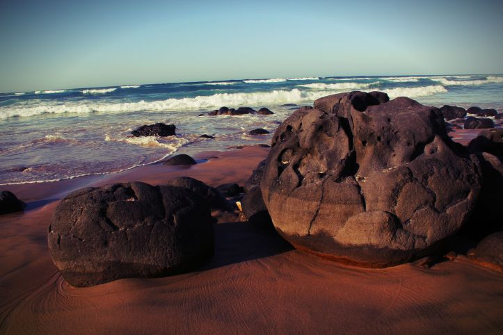 Big rocks Dakar beach